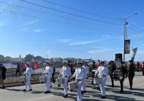 Митинг, парад и салют: в Салехарде празднуют День Победы