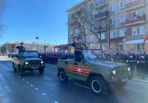 Парад Победы проходит в Пскове