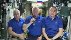 Космонавты поздравили всех землян с Днем Победы