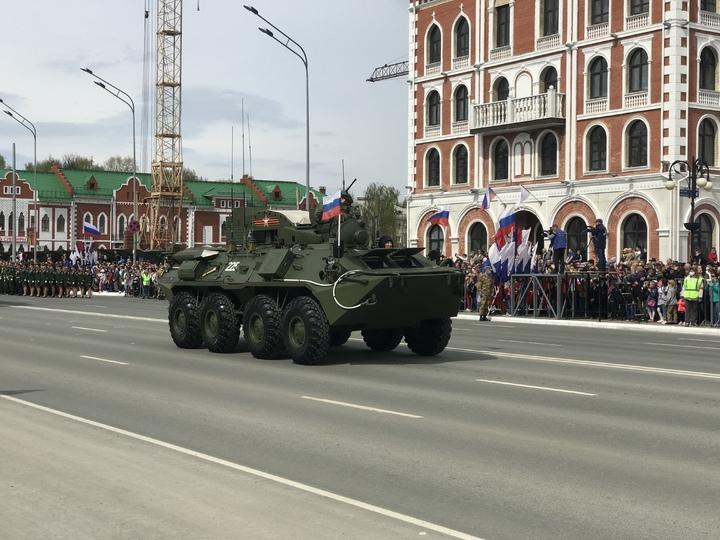 Парад Победы в Йошкар-Оле продолжает прохождение техники photo