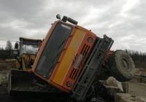 Авария с грузовиком произошла на трассе Якутск-Магадан