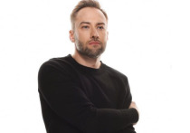 Пост телеведущего Дмитрия Шепелева про празднование 9 мая вызвал огромный резонанс в социальных сетях