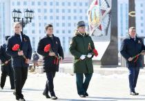 Глава Ямала принял участие в торжественном параде Победы