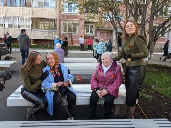 """Благотворительный фонд """"Мама"""" и Арт Дуэт поздравили ветеранов"""