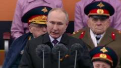 Владимир Путин поздравил жителей России с днем Победы