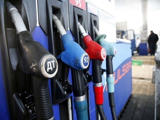 Правительство рассмотрит документы по запрету экспорта бензина