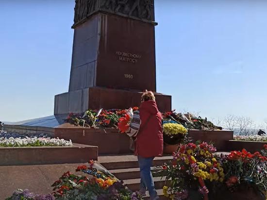 Праздник Дня Победы на Украине в этом году совпал с Родительским днем