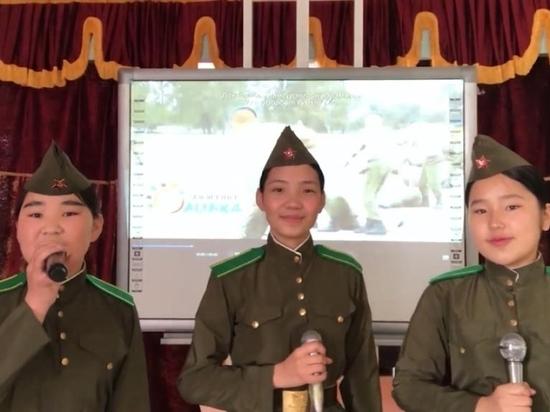 Артисты Забайкалья, Монголии и КНР спели «Катюшу» в День Победы