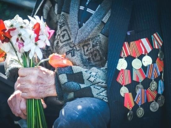 Подарок ветерана в Великих Луках выбросили в мусор