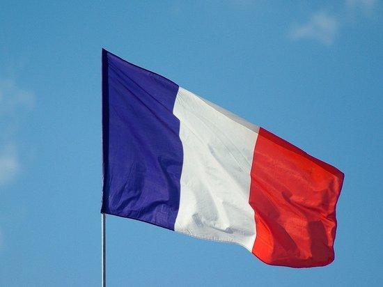 Свыше 160 тысяч французов поддержали обращение военных к властям