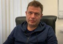 В Москве неизвестные напали на директора по связям с общественностью футбольного клуба «Спартак» Антона Фетисова. Он доставлен в реанимацию, полиция сообщила о возбуждении уголовного дела.