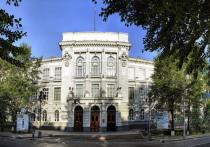Сегодня, 11 мая, в 9:30 в честь юбилея Томского политехнического университета на Новособорной площади в Томске откроется экспозиция «125 лет ТПУ»