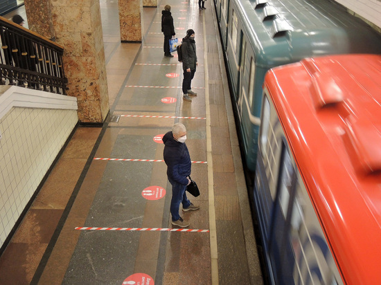 В московском метро поезд сбил рэпера