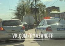 В Рязани образовалась пробка из-за аварии около «Барса» на Московском шоссе
