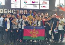 В Симферополе прошли соревнования по смешанному боевому единоборству (ММА) среди юниоров