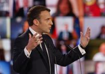 Новое послание французских военных предупреждает президента Эммануэля Макрона: «выживание» Франции поставлено на карту после того, как он пошел на «уступки» исламизму
