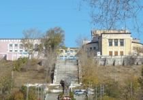 Бывший дворец культуры локомотивовагоноремонтного завода после ремонта и реконструкции сможет встать вровень с театрами и крупными концертными площадками Улан-Удэ