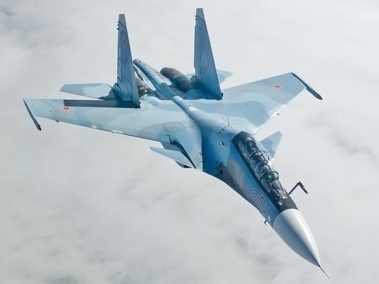Российский Су-30 перехватил над Черным морем два французских самолета