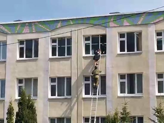 После трагедии в Казани на входах в детсадах и школах Краснодара усилен контроль