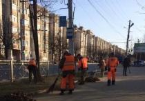 За праздничные дни городские коммунальные службы вывезли с улиц 758 тонн грязи и мусора