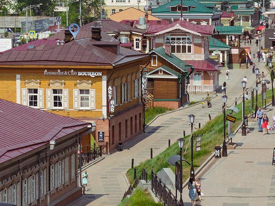 Мэр Иркутска отчитался перед народом: соцобъекты, дороги, ветхое жилье, МУПы