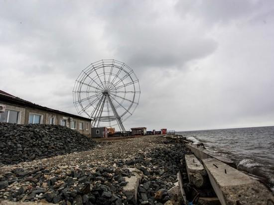 Чертово колесо в Листвянке: глава поселка добивается законности аттракциона