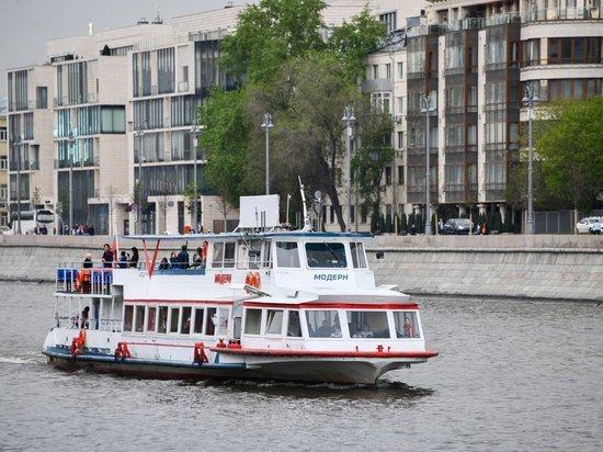 Владельцы судов гонят конкурентов в районы, где нет туристов