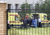 Как сообщили СМИ, Ильназ Галявиев готовился к расстрелу родной школы примерно с февраля: обзванивал магазины, интересовался компонентами для снайперских винтовок