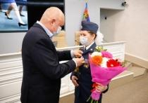 Сергей Цивилев наградил медалью закончившую босиком парад Победы сотрудницу ГУФСИН