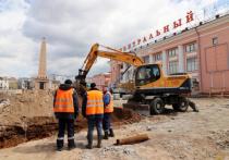 В Улан-Удэ на площади Революции демонтировали тротуар и бордюры