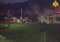 Сообщение о возгорании поступило около 21:00 мск