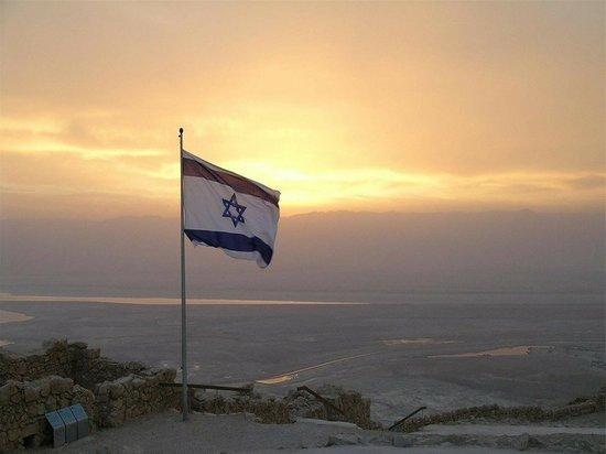 Издание Times of Israel со ссылкой на израильскую Армию обороны сообщает, что с 10 мая по Израилю выпустили не меньше 1050 ракет и снарядов со стороны сектора Газа