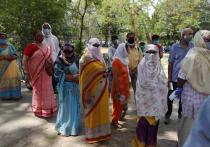 Если новый вариант коронавируса, появившийся в Индии, распространится на другие страны региона, результаты могут быть «катастрофическими», предупреждают эксперты, отмечая, что пока неизвестно, эффективна ли вакцина против него.