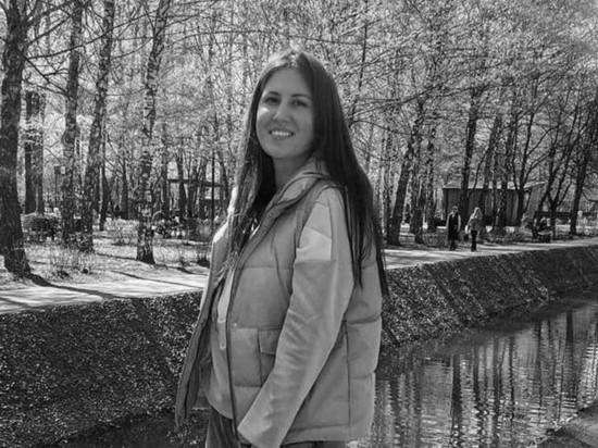 В Казани прошли похороны 25-летней Эльвиры Игнатьевой, которая преподавала английский язык в гимназии №175
