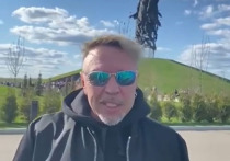 Гарик Сукачев 9 мая посетил Ржевский мемориал