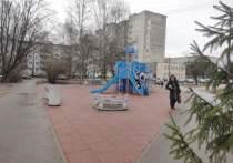 О судьбе качелей в сквере «Кораблик» рассказала глава Пскова