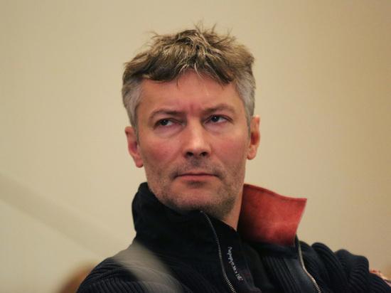 Экс-мэра Екатеринбурга Ройзмана арестовали за твит об акциях