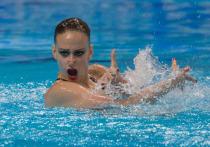 На чемпионате Европы в Будапеште синхронное плавание России продолжает показывать красоту и волю к победе. Варвара Субботина заняла первое место в произвольной программе. Всего в синхронном плавании разыгрывается 10 комплектов наград.