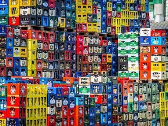 Новокузнецкие магазины лишились 200 литров алкоголя из-за незаконной продажи в День Победы