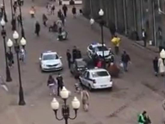 Пьяный водитель выехал на пешеходную зону Арбата