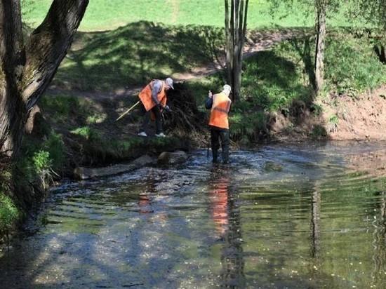 В Кирове очистили от грязи и мусора центральный пруд