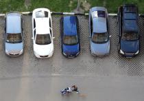 Больше всего в минувшие майские праздники горожане «на колесах» посещали торговые центры и парки