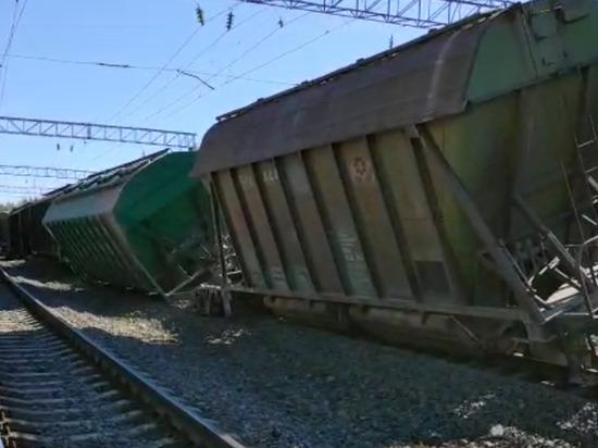 Появилось видео с места схода вагонов под Кондопогой