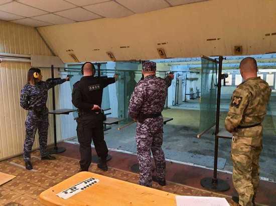 Псковские росгвардейцы получили награды в соревнованиях по стрельбе