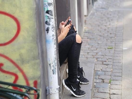 Глава СПЧ призвал к слежке спецслужб за подростками в соцсетях