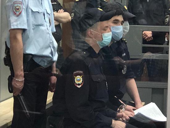 Суд отправил казанского стрелка под арест
