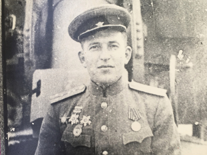 Губернатор Воробьев навестил вгоспитале ветерана, пожелав ему скорейшего выздоровления
