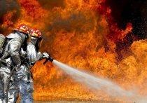 В Кемерове загорелся малярный цех
