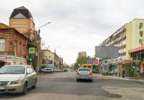 ЦУР Астраханской области выяснил подробности ямочного и капитального ремонта дорог города