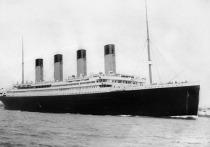 Исследователи нашли загадочное послание в бутылке, которое якобы было выброшено девочкой с борта британского трансатлантического парохода «Титаник» незадолго до крушения, пишет The Sun